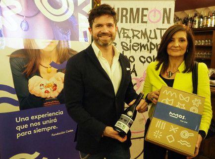 El manager de Bodegas Jaime y creador de Turmeon, Martín Jaime, y la directora de la Fundación CEDES, Teresa Muntadas, durante la presentación
