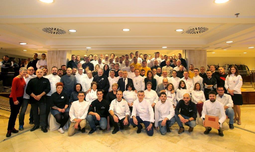 """La editorial Almozara recibe su tercer Gourmand World Cookbook Awards gracias a """"El Libro de Oro de la Cocina Aragonesa"""""""