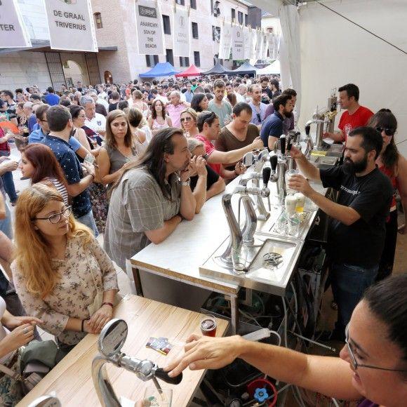 Gabi Orte / chilindrón.es Ambiente durante la pasada edición de Birragoza, en 2016, que concitó más de 8000 personas.