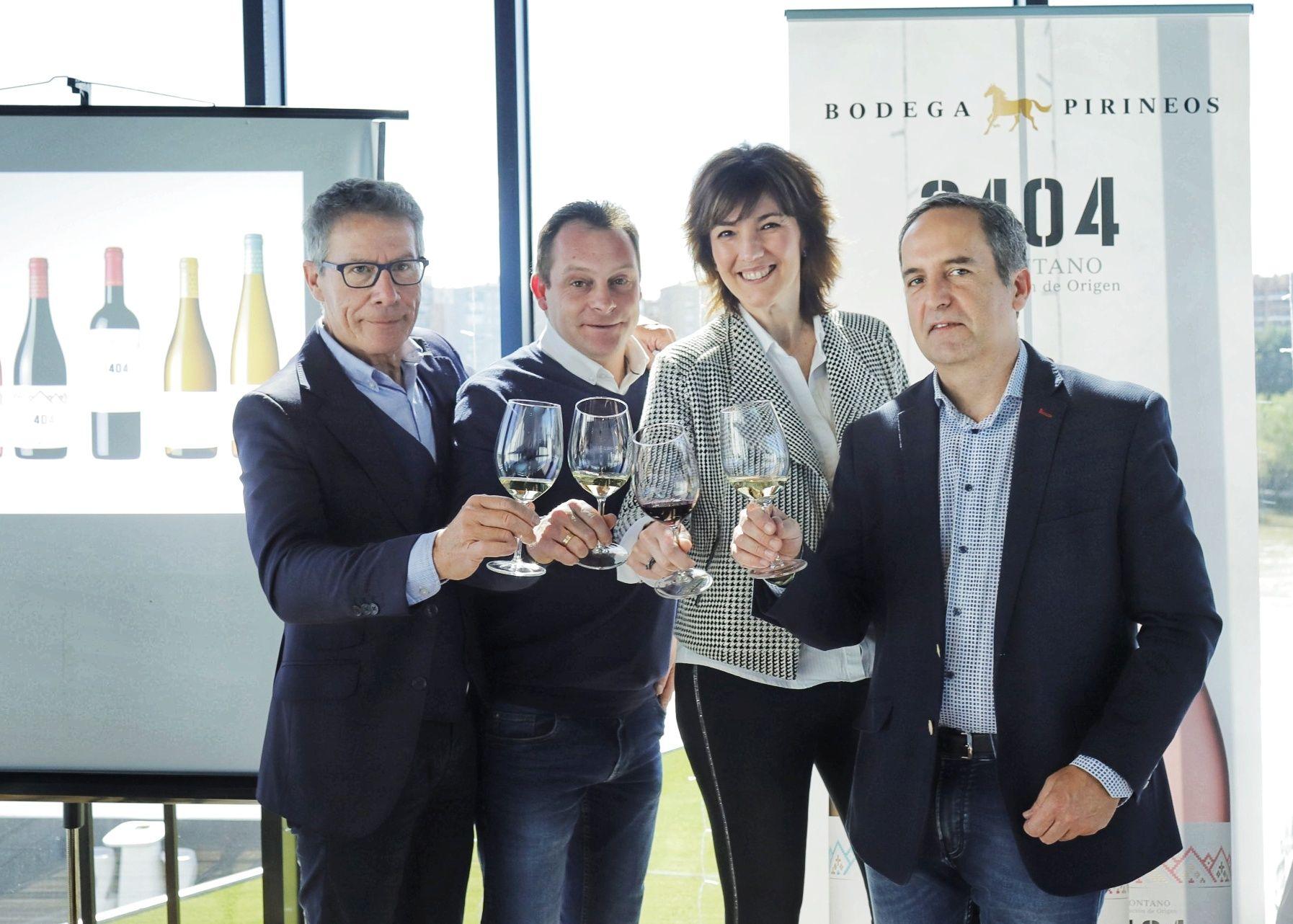 Bodega Pirineos presenta la nueva colección 3404 y dos monovarietales, de gewürztraminer y chardonnay, con una imagen renovada