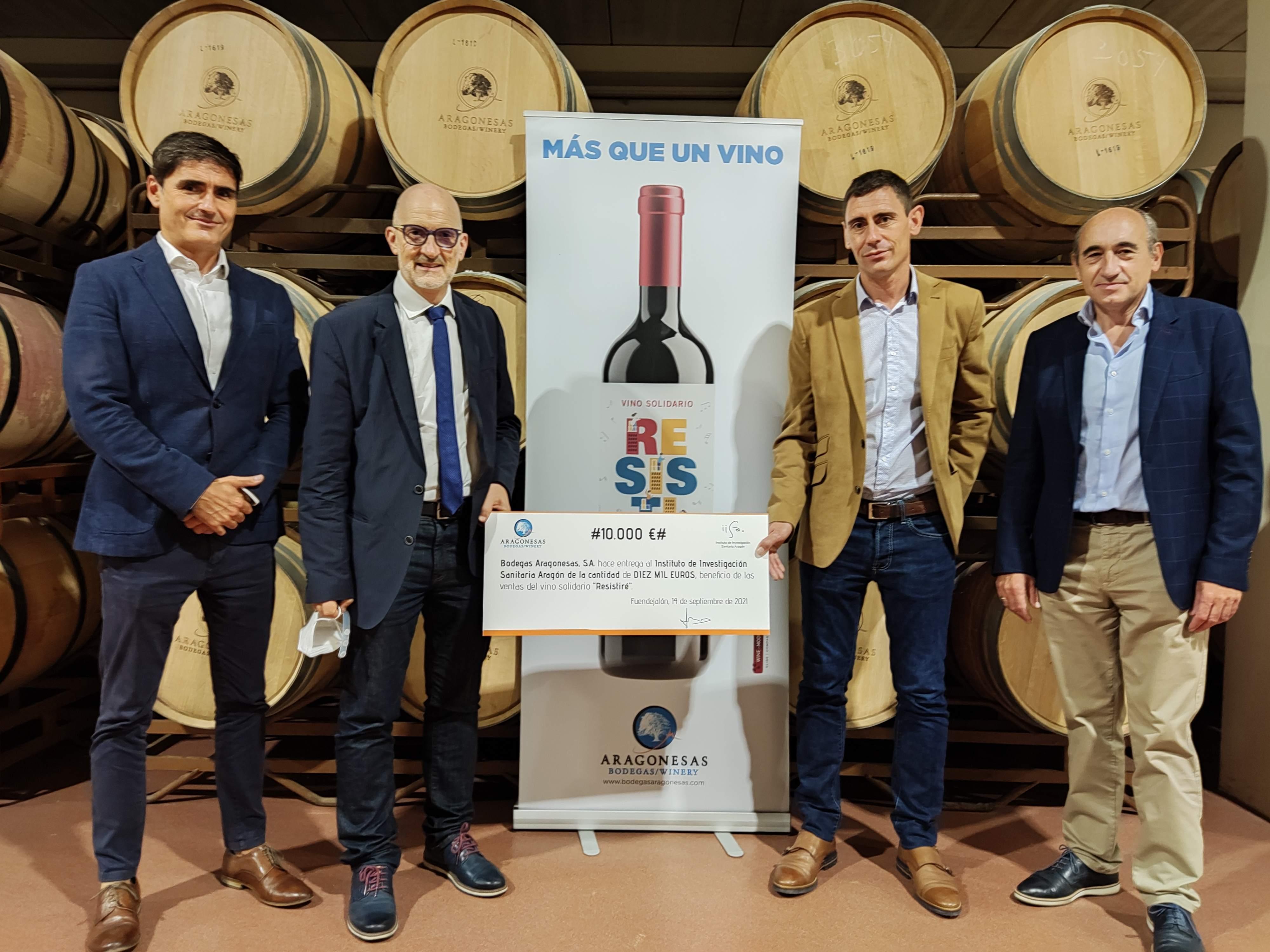 Bodegas Aragonesas dona 10.000 euros de las ventas de su emblemático «Resistiré» al Instituto de Investigación Sanitaria de Aragón