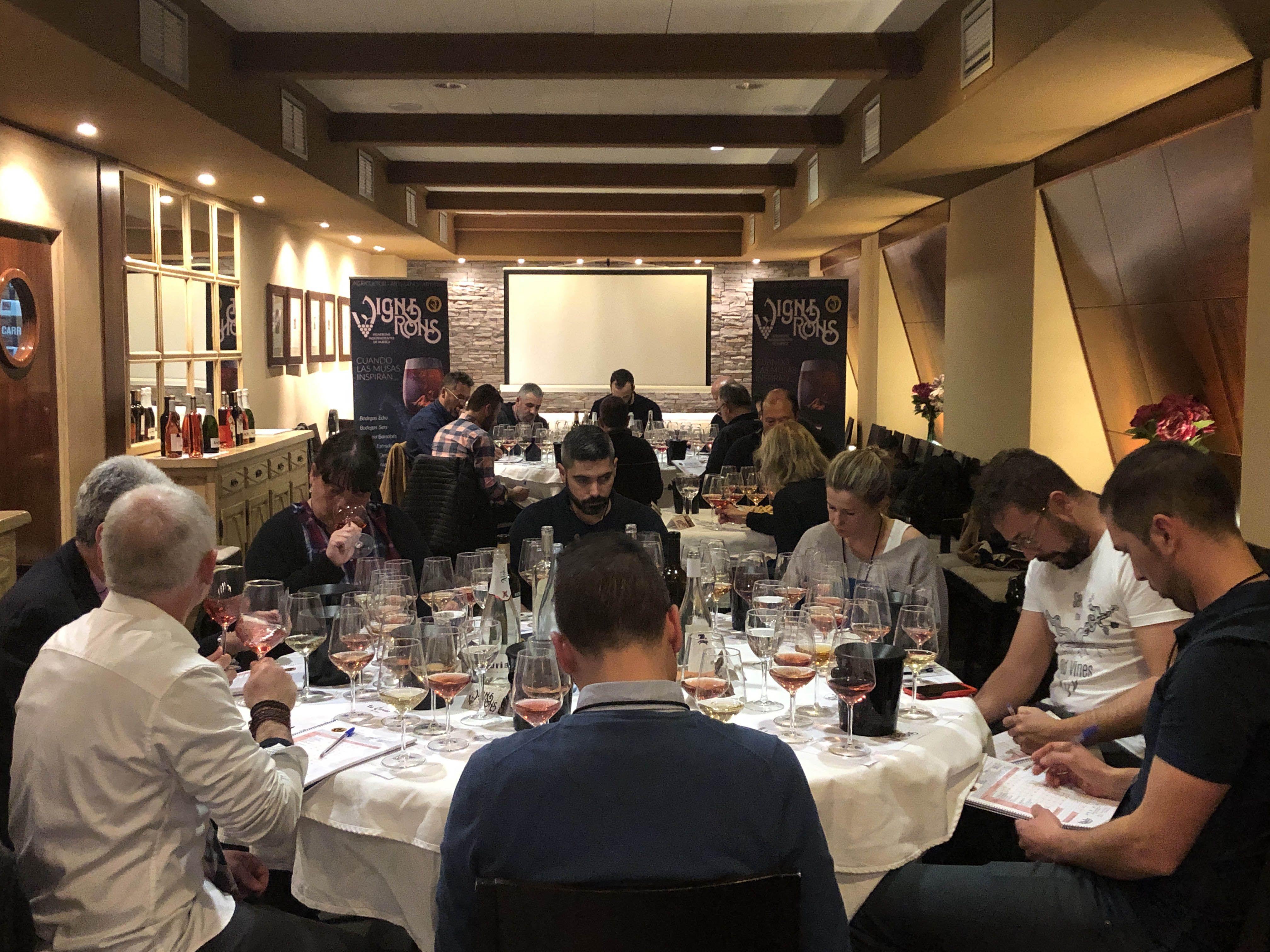 Los Vignerons de Huesca se preparan para elegir los vinos de su carta 2020