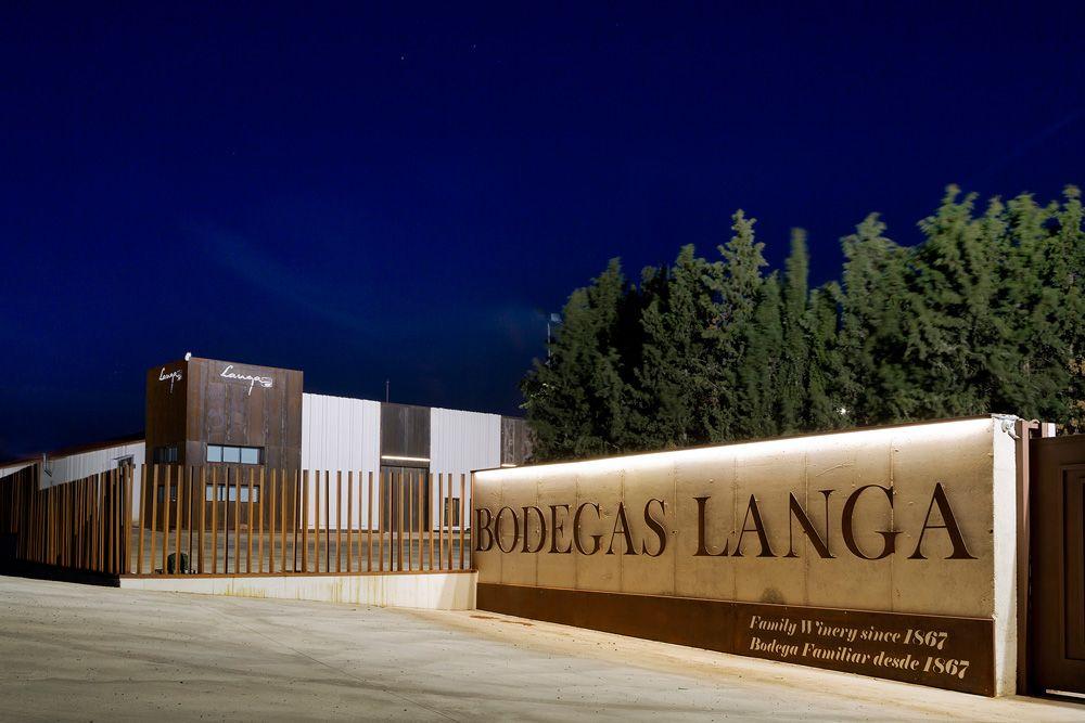 El crítico James Suckling encumbra los vinos de Bodegas Langa