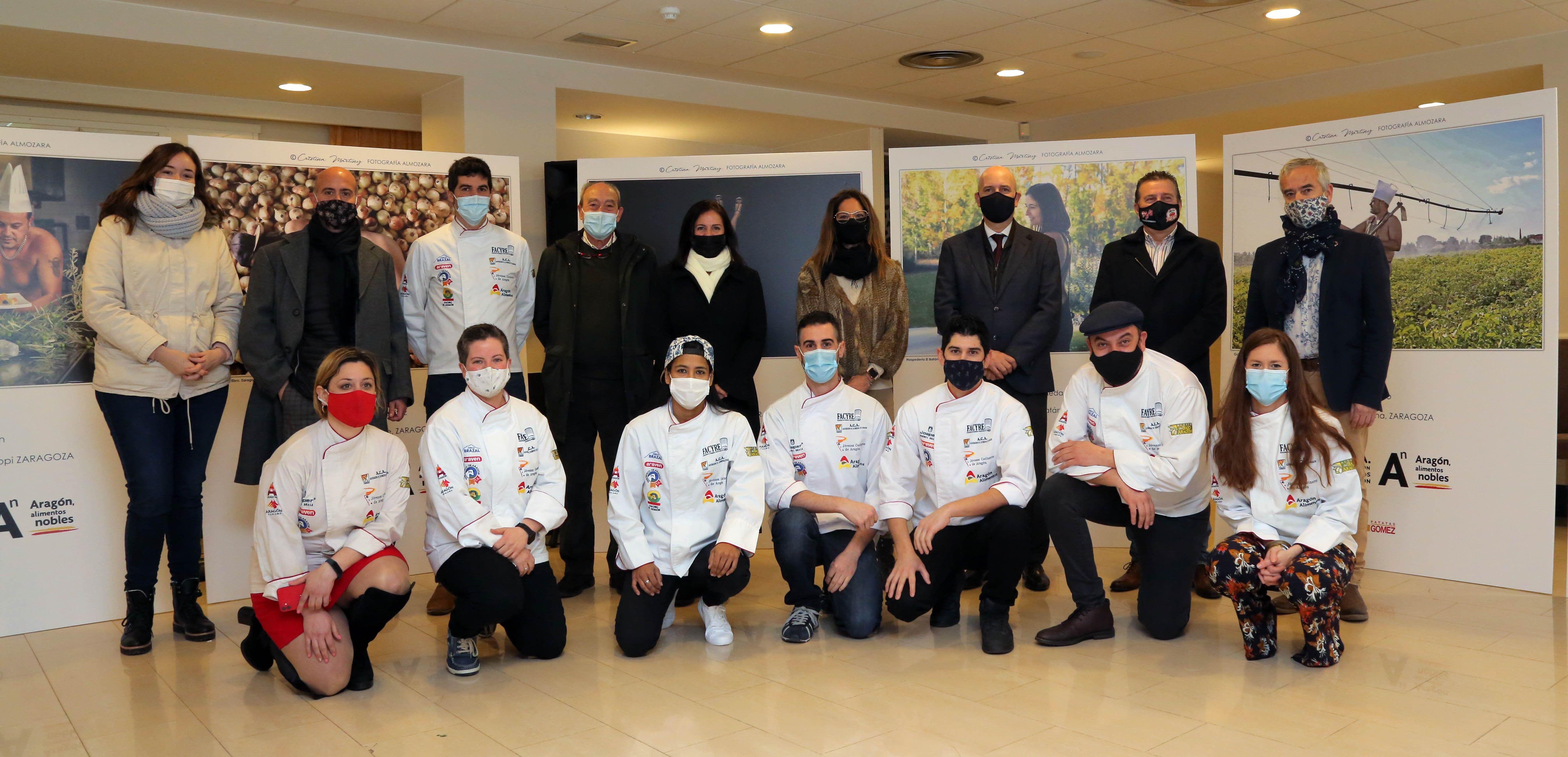 Cocineros y alimentos de Aragón, al desnudo, por una buena causa