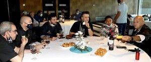 Degustación durante el II Concurso de Croquetas de Zaragoza y provincia