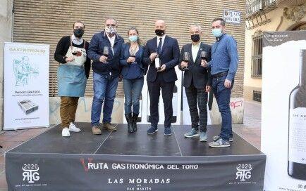 Organizadores y colaboradores de la V Ruta Gastronómica del Toro
