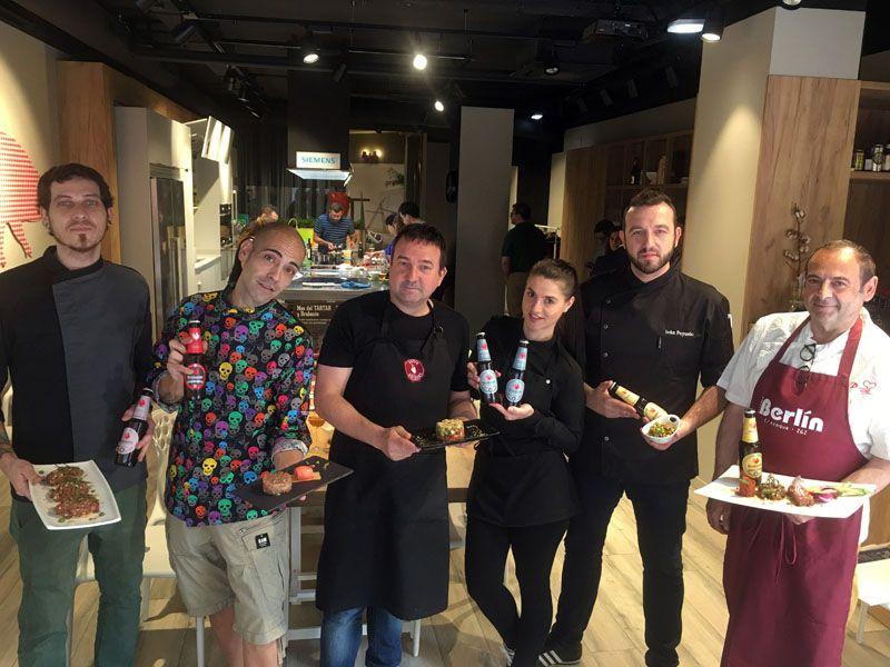 """Cinco reconocidos establecimientos deZaragoza dan el pistoletazo de salida al """"Mes del Tartar y Cervezas Brabante"""""""